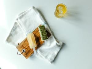 Ispinner laget på te
